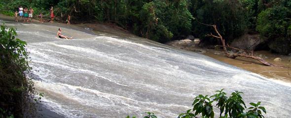 Cachoeira Do Tobogão