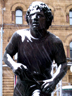 Terry Fox Statue In Front of the Parliament (Ottawa)