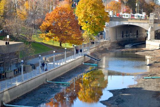 The Rideau Canal, Ottawa, November 2011