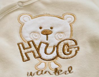 Give Hugs, Not Stupid Comments!