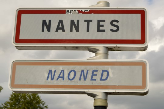 """Nantes (and """"Nantes"""" in Breton)"""