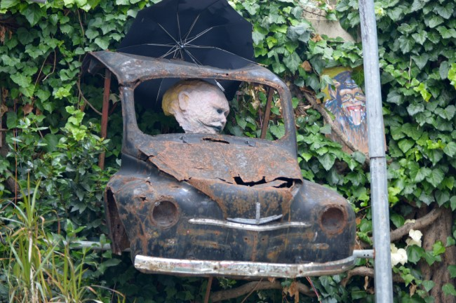 Car Sculpture in Chantenay