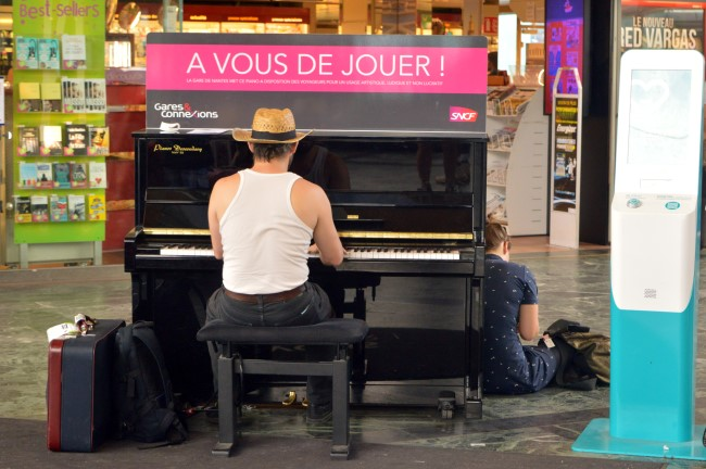 Piano to Entertain Passengers Waiting