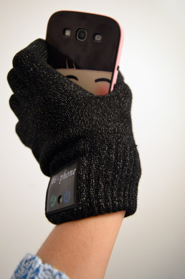 Bluetooth Gloves with Built-in Microphone & Speaker kit