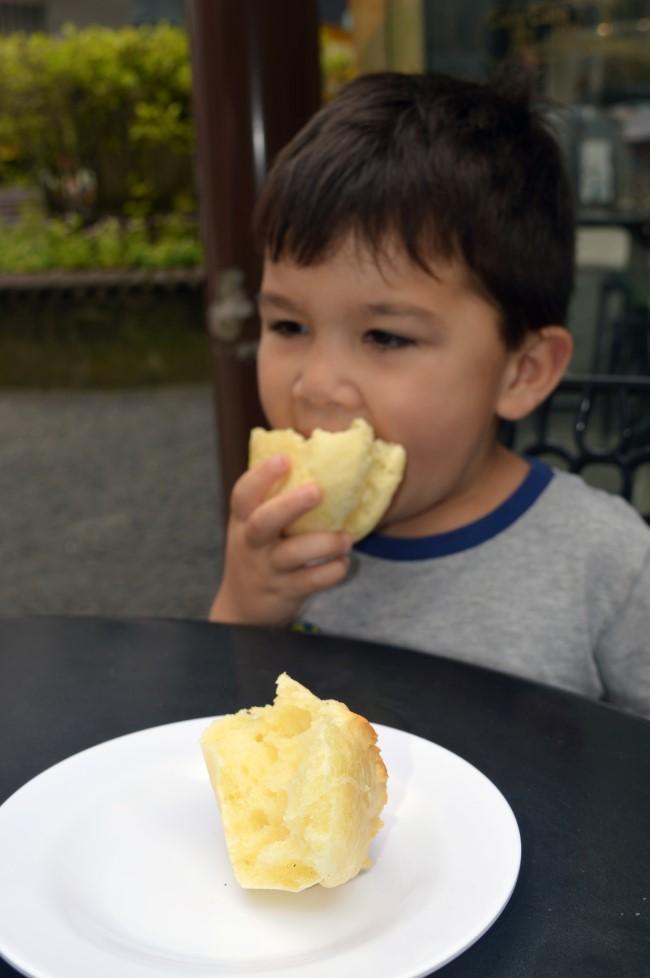 Pão de queijo in Curitiba
