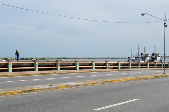 Bridge over the Capibaribe River
