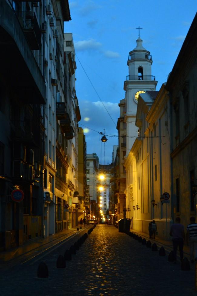Calle Adolfo Alsina