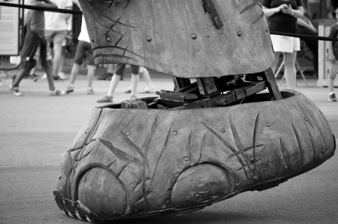 Elephant's foot vs. people's feet