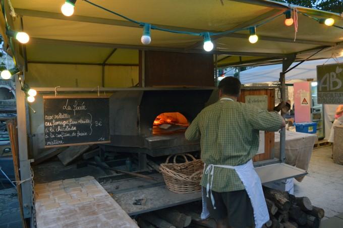 Food stalls along the Erdre