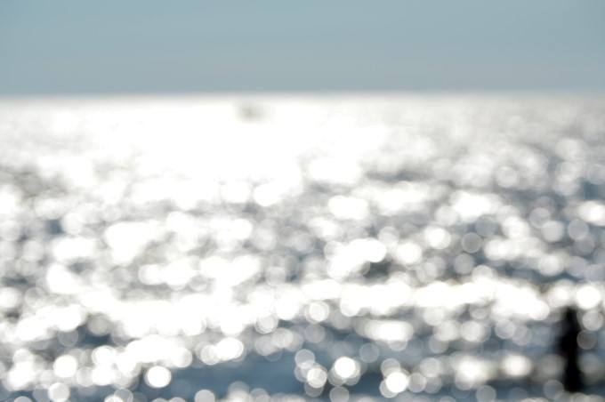 The sea, unfocused