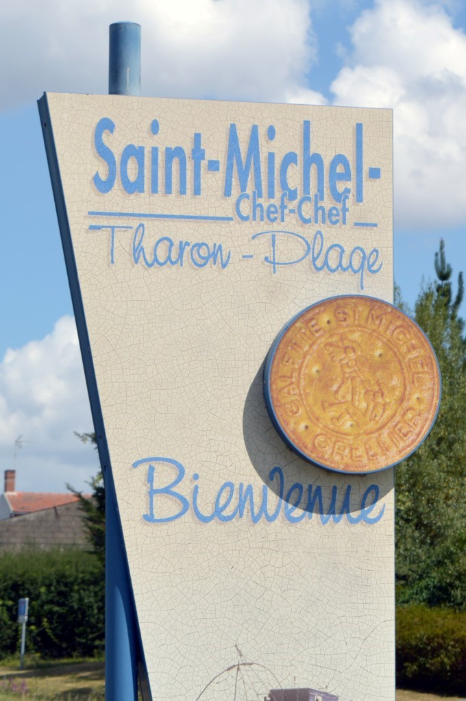 Sign when you enter Saint-Michel
