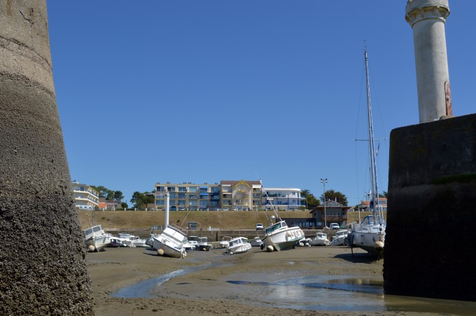 The harbour at low tide