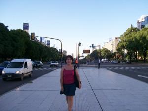 Walking On 9 De Julio