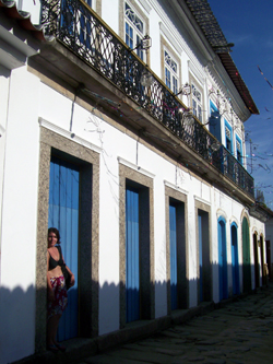 Colonial Houses