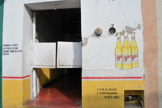 """""""Cantina"""" (Bar)"""
