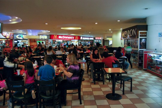 Fast Food Court in San José