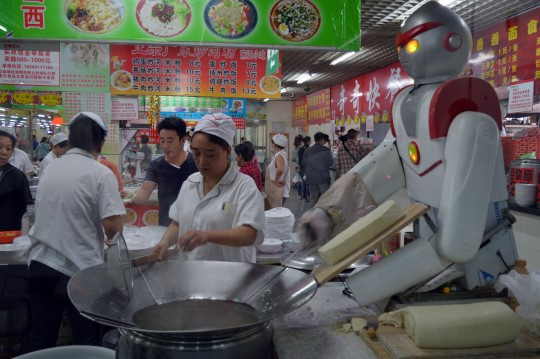 Robot Slicing Noodles