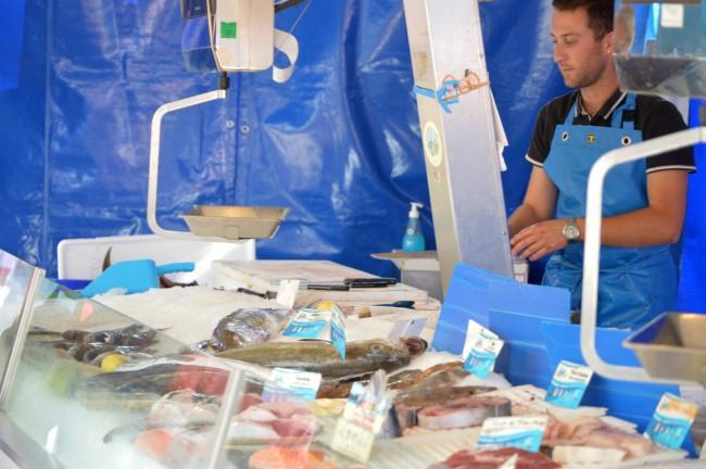 Tharon Market