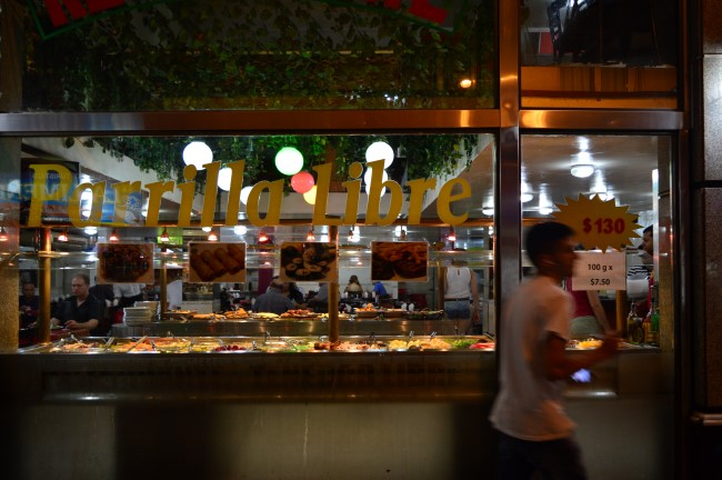 Comida por peso in Buenos Aires
