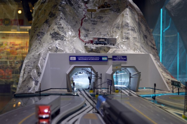 Tunnel through the Andes, model at the airport