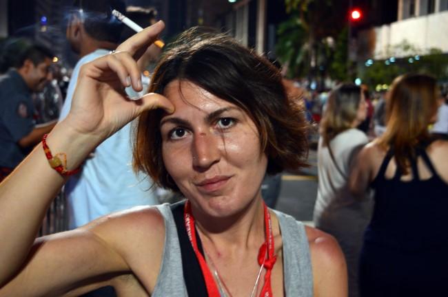 Waiting for midnight on Paulista