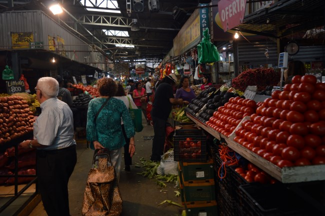 La Vega Central (Feria Mapocho), a huge fruits and vegetables market