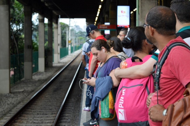Commuters at Pinheiros