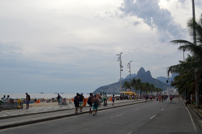 Sunday crowd in Ipanema