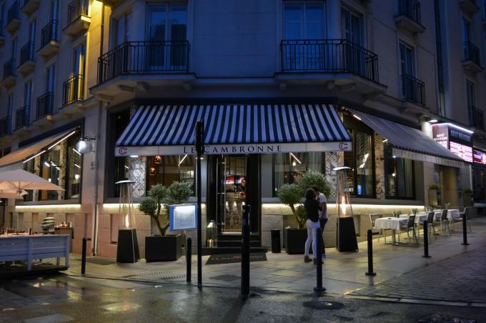 Posh restaurant Rue de L'Héronnière