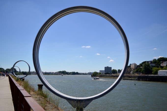 The Buren Rings on the Île de Nantes