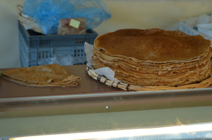 Crêpes to go at Tharon's Market