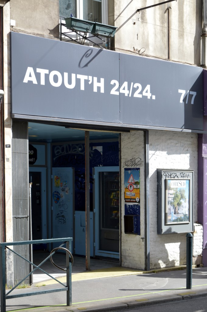 """""""Atout'h"""" is a play on """"à toute heure"""", which means """"anytime"""""""