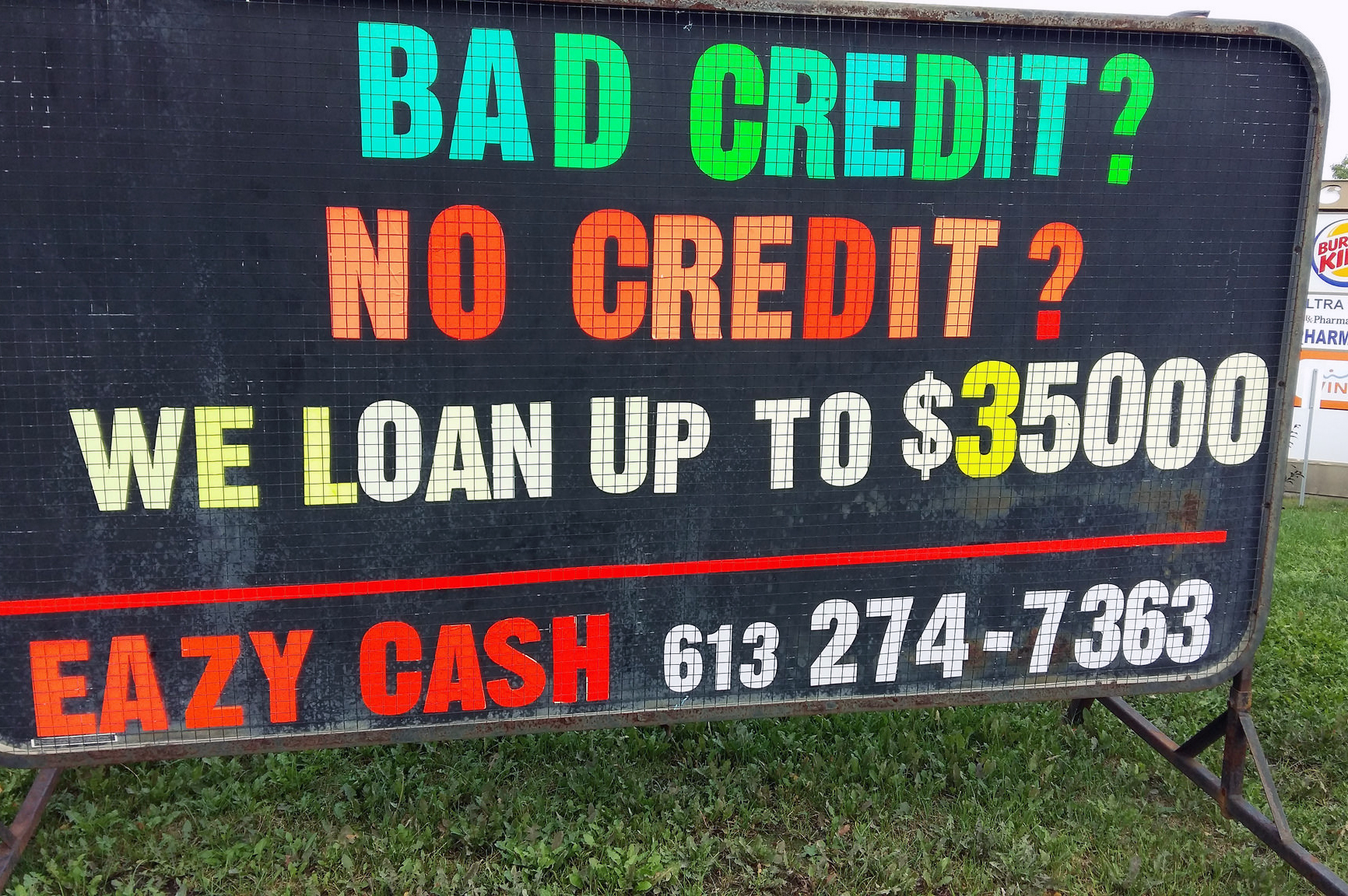 "Yep, may want to avoid these... one of the many ""payday loan"" business in Ottawa, September 2016"