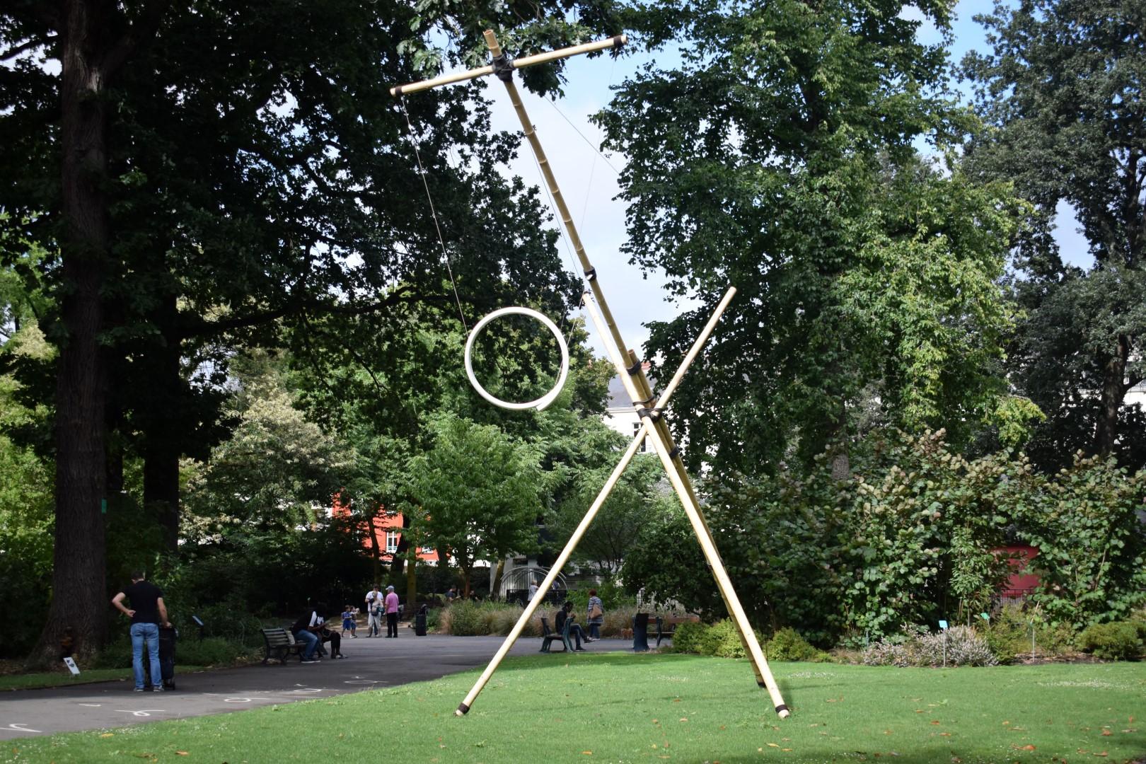 """Attraction"""", Johann Le Guillerm (Jardin des Plantes ..."""