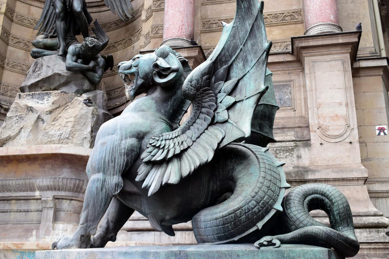 Fontaine Saint-Michel, Place Saint-Michel, Paris