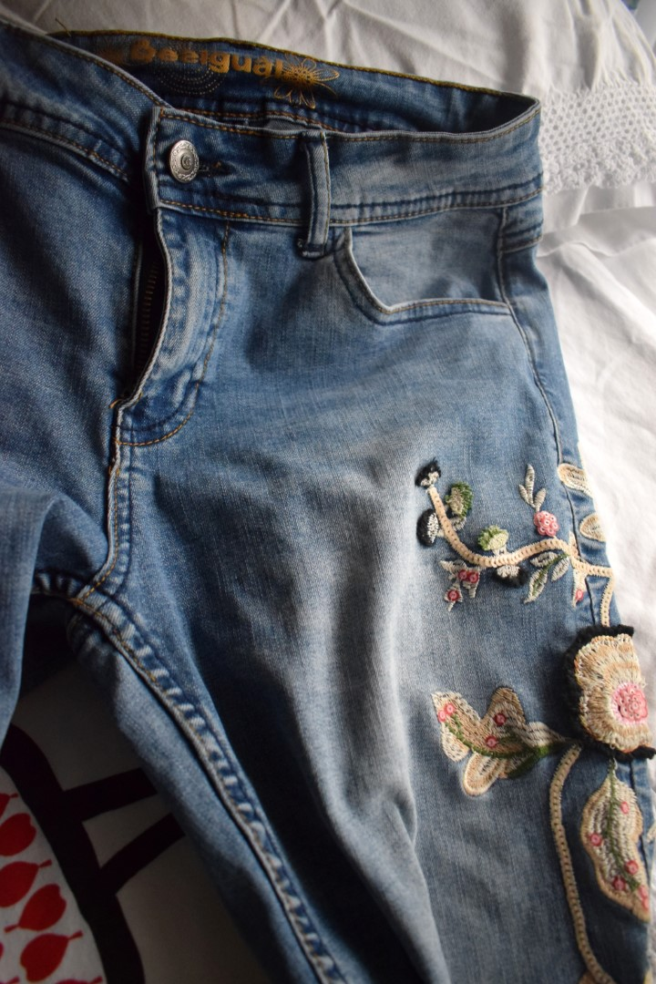 Desigual embroidered jeans