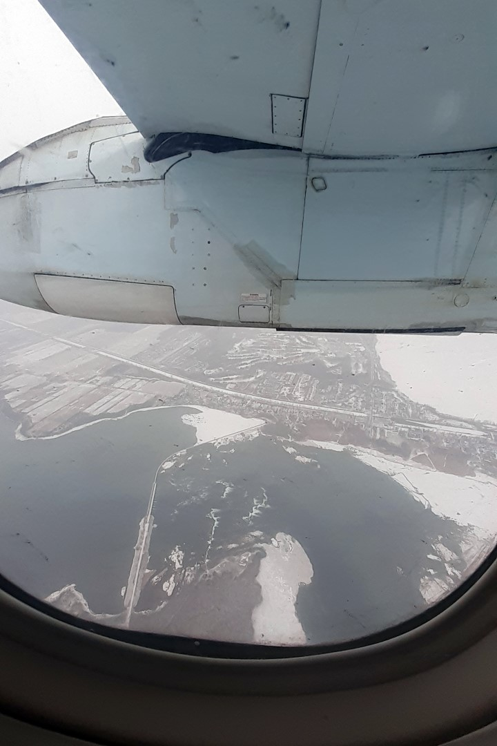 Landing in Montreal (there's less snow than in Ottawa!)