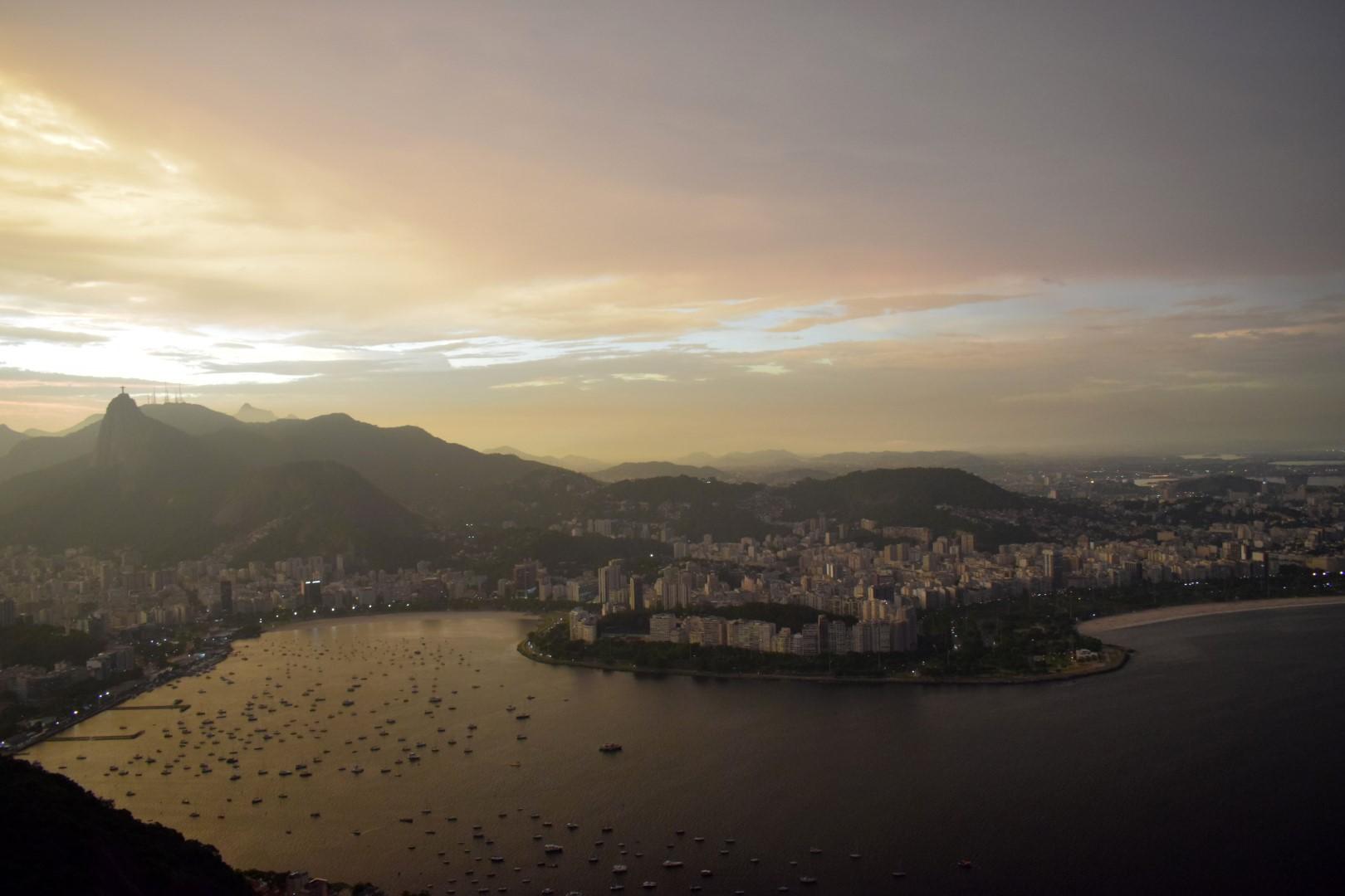 Sunset on top of the Pão de Açúcar, Rio de Janeiro