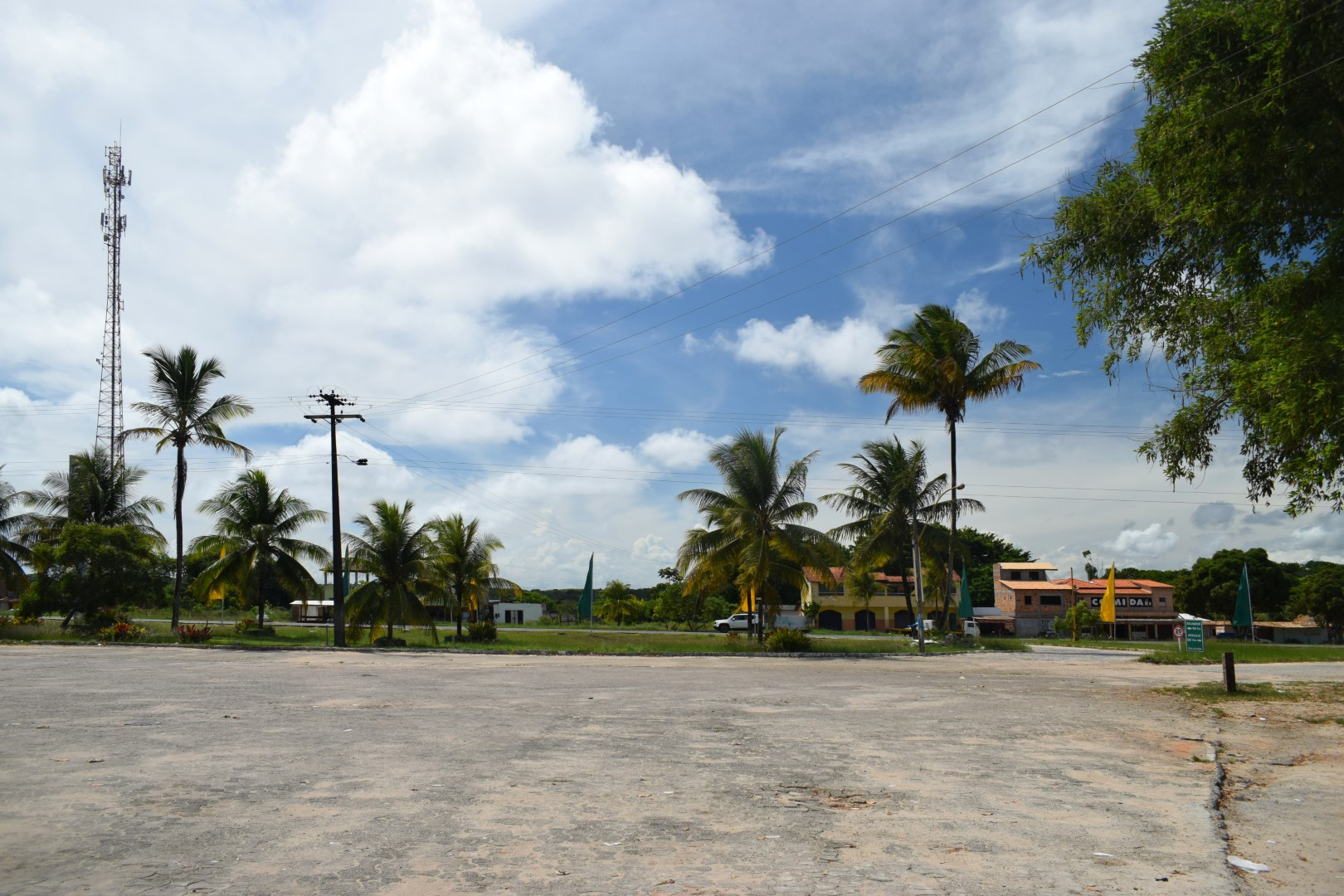 Middle of nowhere pit stop between Aracaju and Salvador