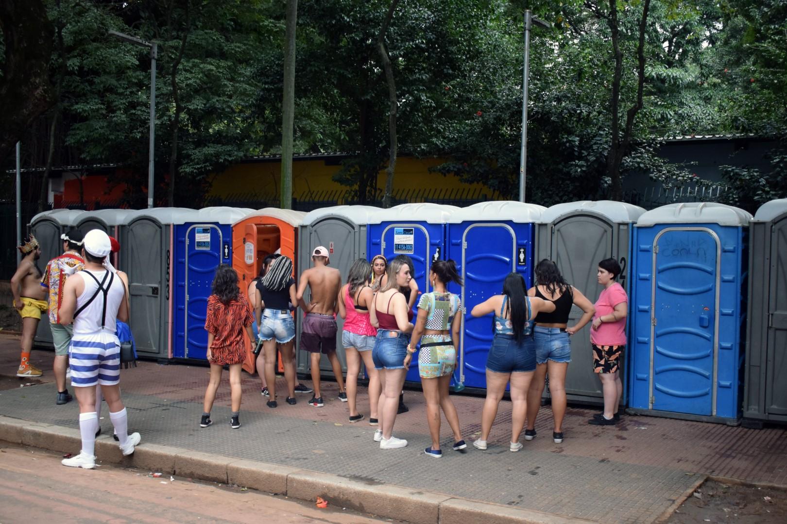 The non-glamourous side of Carnival, Praça da República, Centro, São Paulo