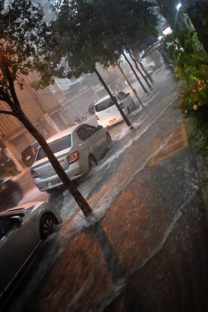 Downpour, Rua Maestro Cardim, Bela Vista, São Paulo