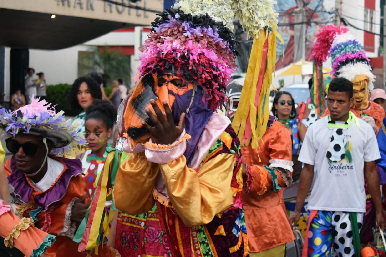 "Campo do Rio Vermelho,  pre-Carnival party of the Palhaços do Rio Vermelho (""The clowns of Rio Vermelho"")"
