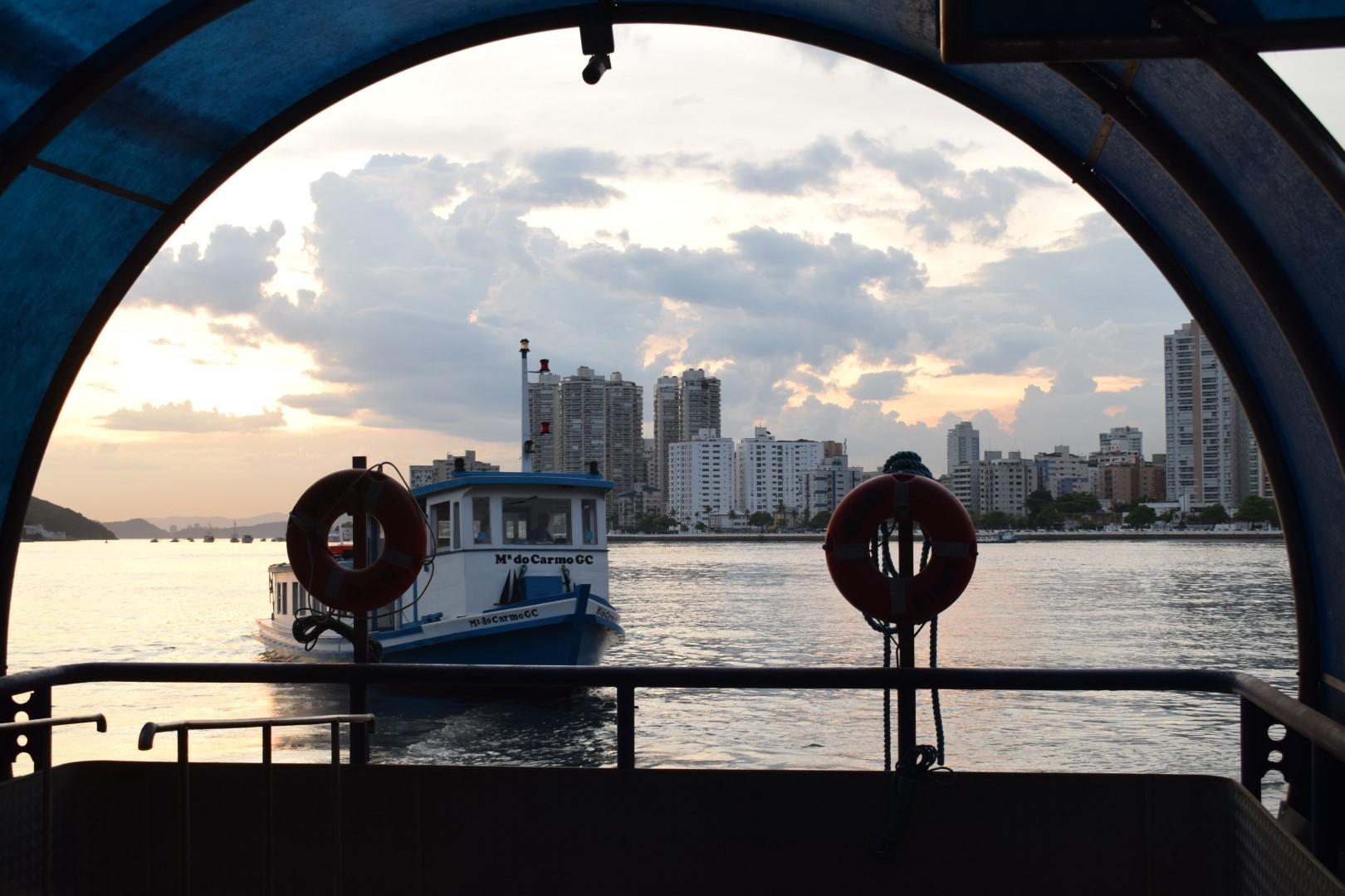 Balsa Santos-Guarujá