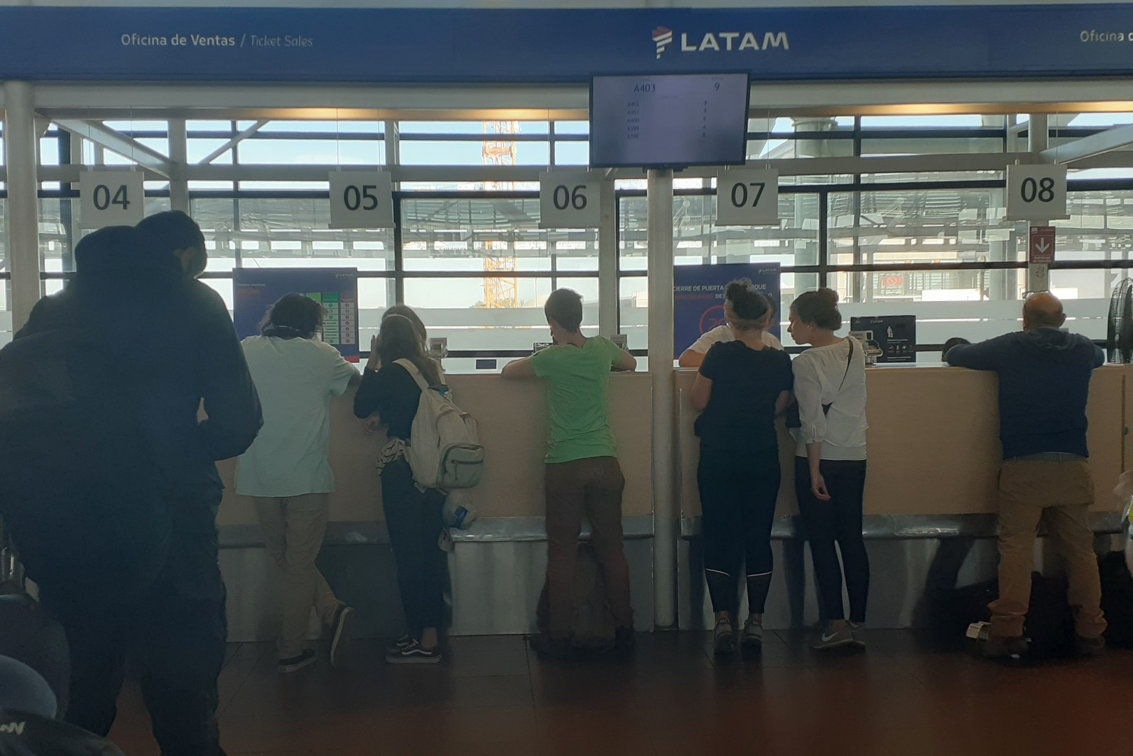 Comodoro Arturo Merino Benítez International Airport, international travellers dealing with LATAM Airlines (the company cancelled 90% of its flights)