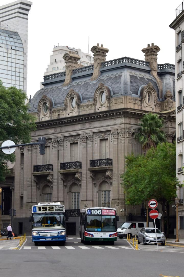Plaza General San Martín, Buenos Aires