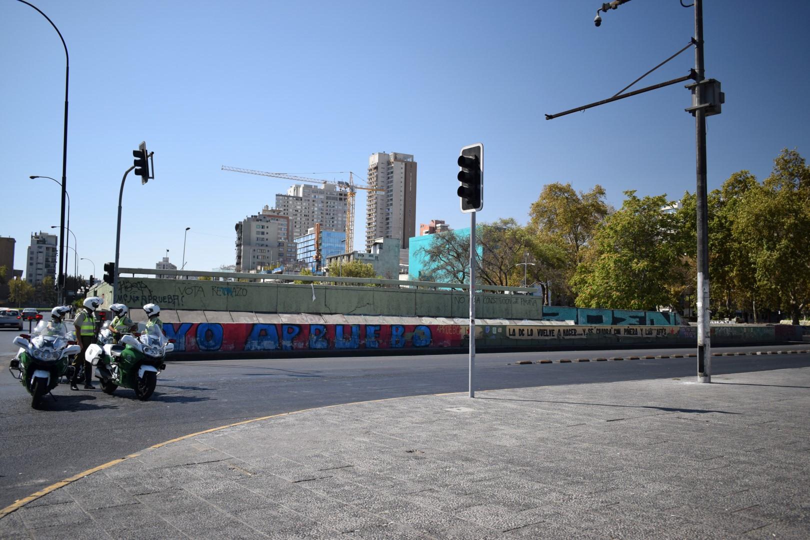 La Alameda under close watch, Santiago