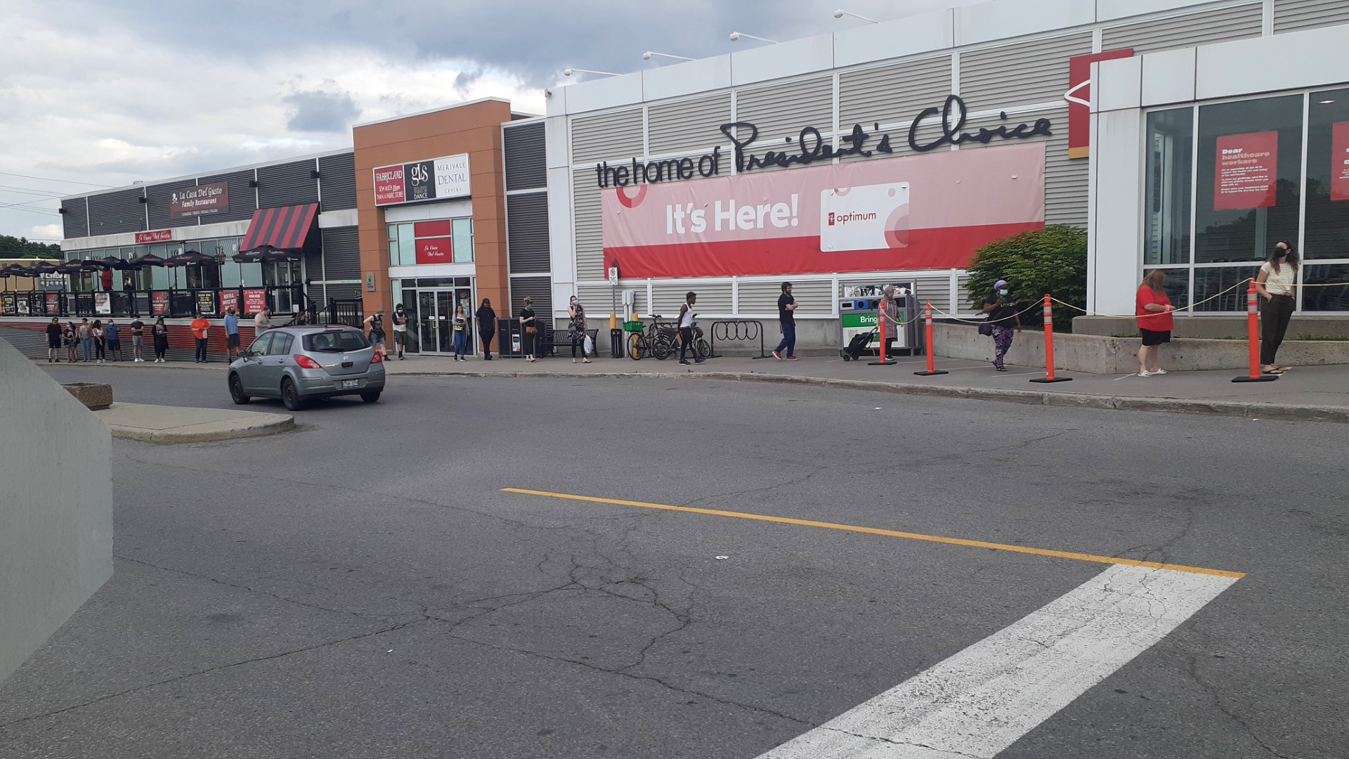 Queue at Loblaws a few days before Canada Day, Ottawa, July 2020