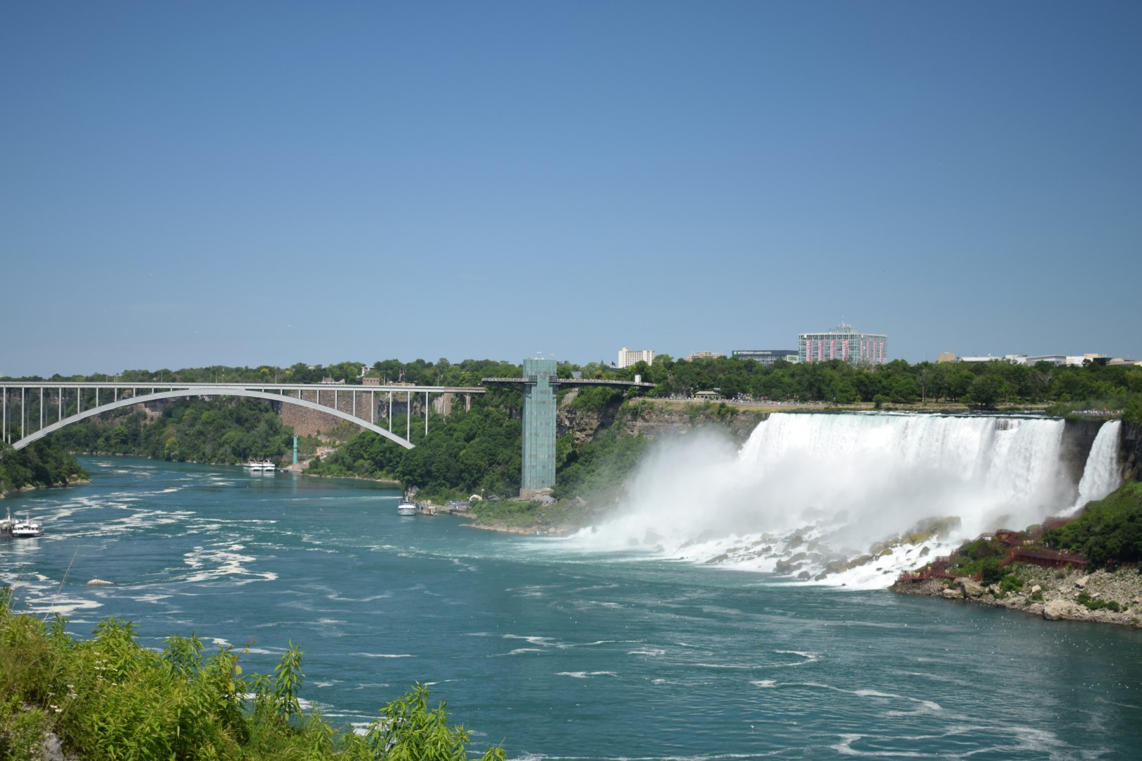 American Falls and Rainbow Bridge, Niagara Falls