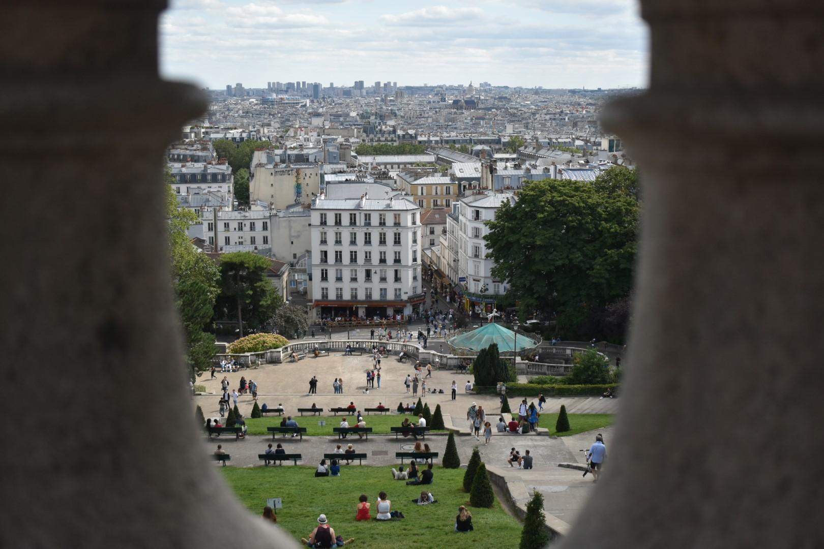 Square Louise-Michel, Montmartre, Paris
